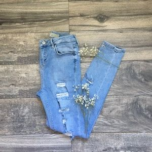 Topshop Jamie Ripped Moto Jeans